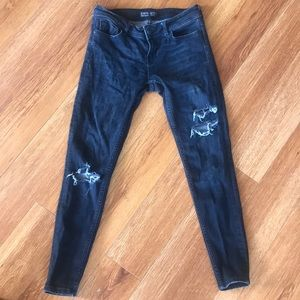 Zara dark grey distressed denim cropped jeans 2